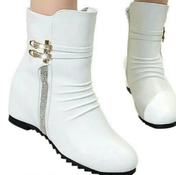 girls white boots